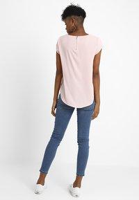 ONLY - ONLVIC SOLID  - Camiseta básica - rose quartz - 2