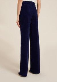Luisa Spagnoli - OUTFIT - Trousers - blu - 1