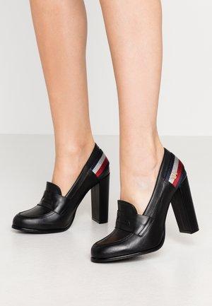 STRAP - High Heel Pumps - black