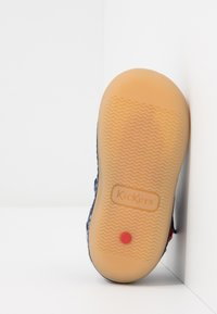 Kickers - SUSHY - Zapatos de bebé - bleu - 5
