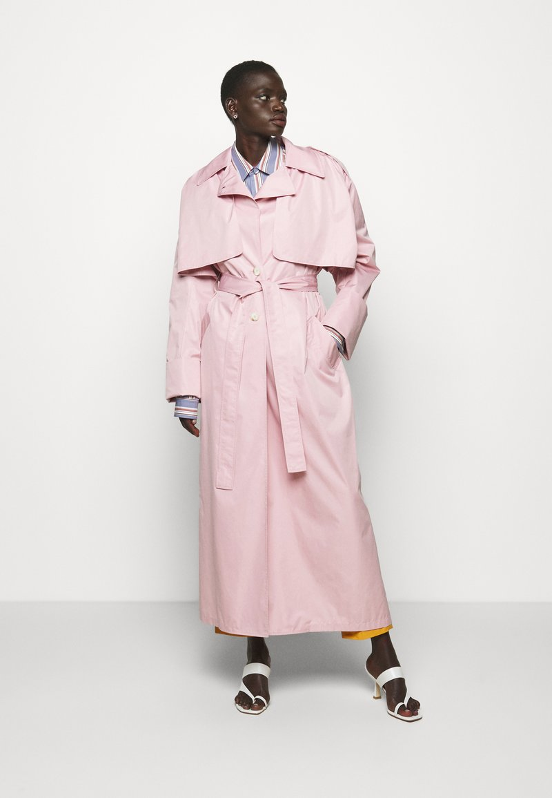 AKNVAS - DEMI - Trenssi - lite pink