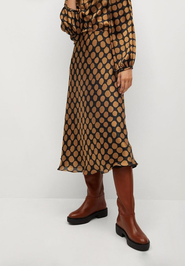 SABI - A-line skirt - karamell