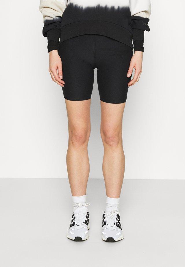 Szorty - black bike short
