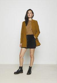 Even&Odd - CORDUROY HIGH WAISTED MINI BODYCON SKIRT - Mini skirt - black - 1