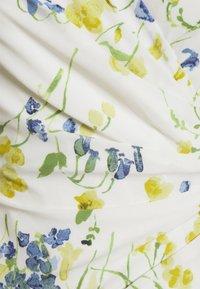 Lauren Ralph Lauren Petite - PICA SHORT SLEEVE DAY DRESS - Jerseykjole - col cream/yellow/multi - 2