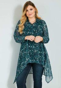 Sara Lindholm by HAPPYsize - Button-down blouse - petrol - 0