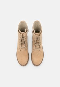 Mexx - GINTO - Platform ankle boots - beige - 5