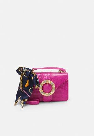 PCABBY CROSS BODY CROC - Across body bag - hot pink