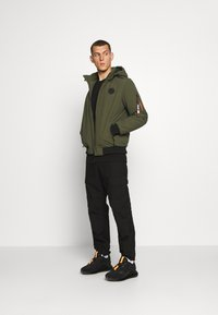 Cars Jeans - BASCO - Light jacket - army - 1
