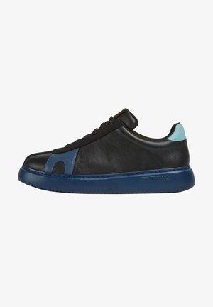 TWS - Sneakers - schwarz
