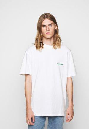 BOXY TEE - Basic T-shirt - off-white