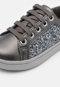 Geox - DJROCK GIRL - Baskets basses - dark grey - 5