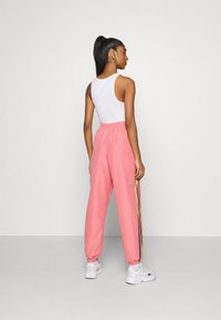 adidas Originals - PANTS - Pantalones deportivos - hazy rose/acid yellow/black - 2