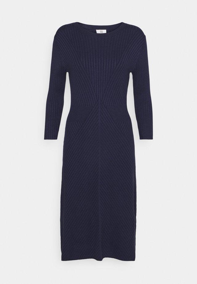 Sukienka dzianinowa - peacoat