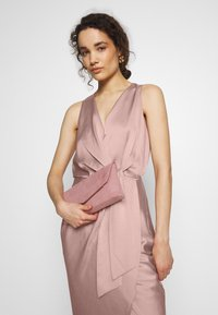 Ted Baker - POHSHAN - Cocktailkleid/festliches Kleid - lt-pink - 4