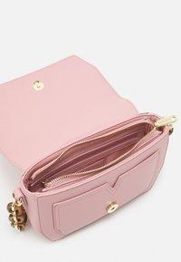 Valentino Bags - PRUE - Across body bag - cipria - 2