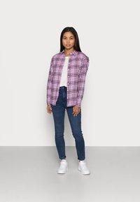 GAP Petite - EVERYDAY - Button-down blouse - purple - 1