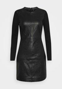 ONLY - ONLLENA DRESS - Denní šaty - black - 3