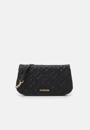 QUILTED CHAIN LOGO FLAP - Across body bag - nero