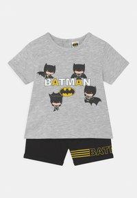 OVS - BATMAN - Pyjama set - grey melange - 0