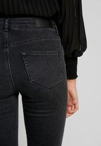 Vero Moda - VMLUX SUPER SLIM - Jeans Skinny Fit - black - 3