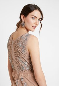 Maya Deluxe - V NECK MAXI DRESS WITH PLACEMENT EMBELLISHMENT AND DETAILING - Occasion wear - taupe blush - 5
