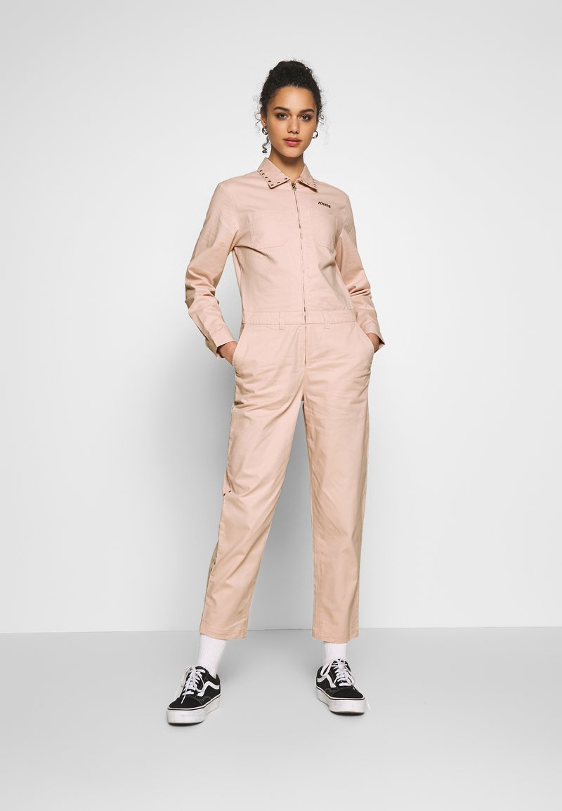 Vans - SANDY JUMPSUIT - Haalari - lotus