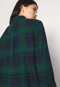 GAP - EVERYDAY - Skjorte - blackwatch plaid - 6