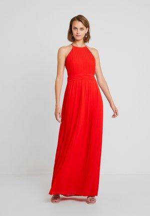 SERENE - Společenské šaty - red