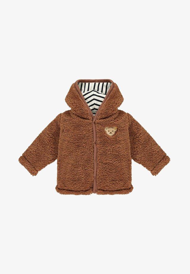 AUS KUSCHELIGEM FLEECE - Fleece jacket - rawhide
