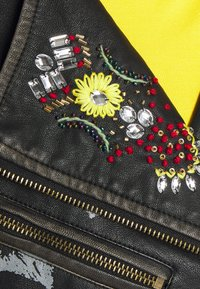 Desigual - CHAQ_COVENT GARDEN MICKEY - Faux leather jacket - black - 7