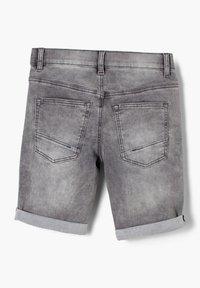 s.Oliver - SEATTLE - Denim shorts - grey - 1