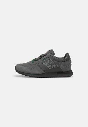 VIRTUS - Sneakersy niskie - dark grey solid
