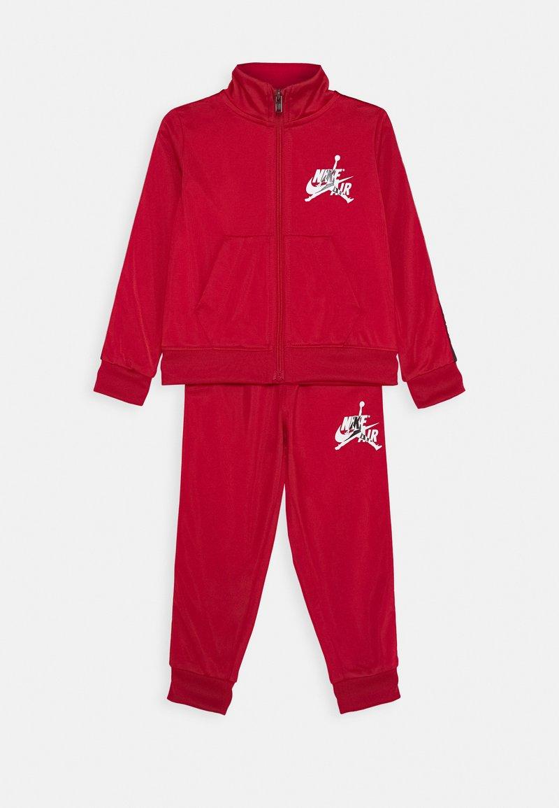 Jordan - SET - Tracksuit - gym red