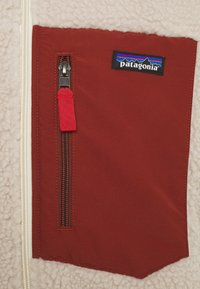Patagonia - CLASSIC RETRO - Fleece jacket - natural/barn red - 2