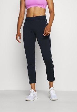 SLIM PANTS - Teplákové kalhoty - navy