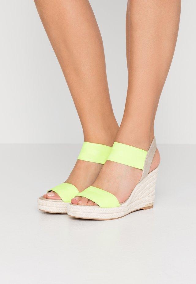 CAT SLINGBACK WEDGE  - High heeled sandals - neon green/soft gold