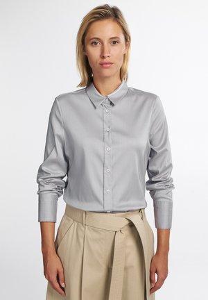 MODERN CLASSIC - Button-down blouse - hellgrau