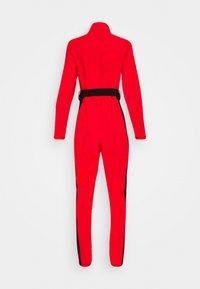 Missguided - SKI SLIM FIT SNOW SUIT - Jumpsuit - red - 1
