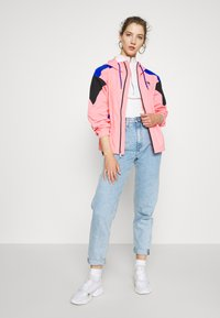 The North Face - EXTREME WIND JACKET - Windjack - miami pink combo - 1