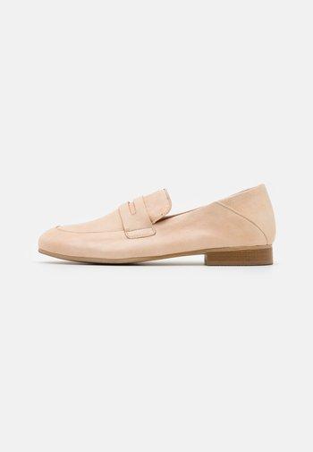 MELISSA - Nazouvací boty - tapioca