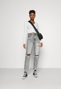 American Eagle - MOM  - Jeans slim fit - charcoal ash - 1