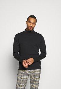 Redefined Rebel - JANICE HIGH NECK - Långärmad tröja - black - 0
