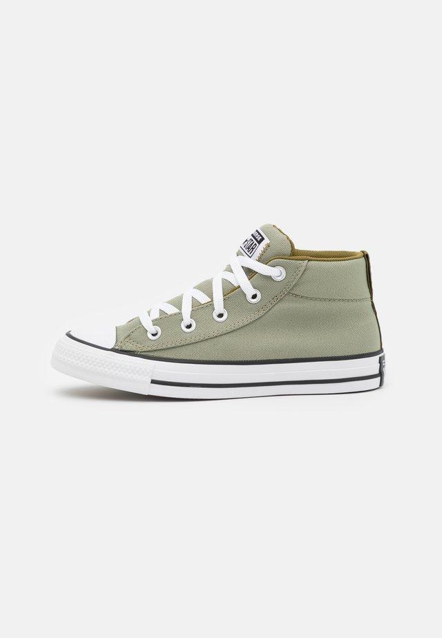 CHUCK TAYLOR ALL STAR STREET MID UNISEX - Sneakers hoog - light field/dark soba/white