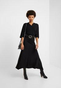 By Malene Birger - BIJANA - T-Shirt basic - black - 1
