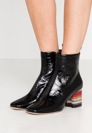MOSS - Classic ankle boots - black