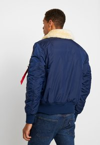 Alpha Industries - INJECTOR  AIR FORCE - Blouson Bomber - new navy - 2
