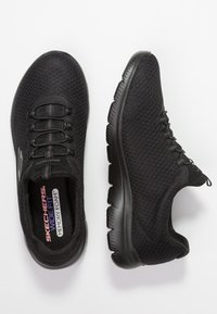 Skechers Wide Fit - SUMMITS - Sneakers - black - 3
