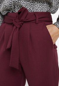 ONLY Petite - ONLPOPTRASH BELT  PANT - Trousers - tawny port - 3