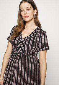 Queen Mum - DRESS NURS ORLANDO - Korte jurk - black - 3